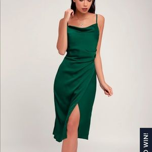 NEW Lulus forest green satin midi dress